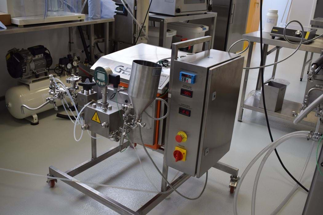 Inline homogenisation machine