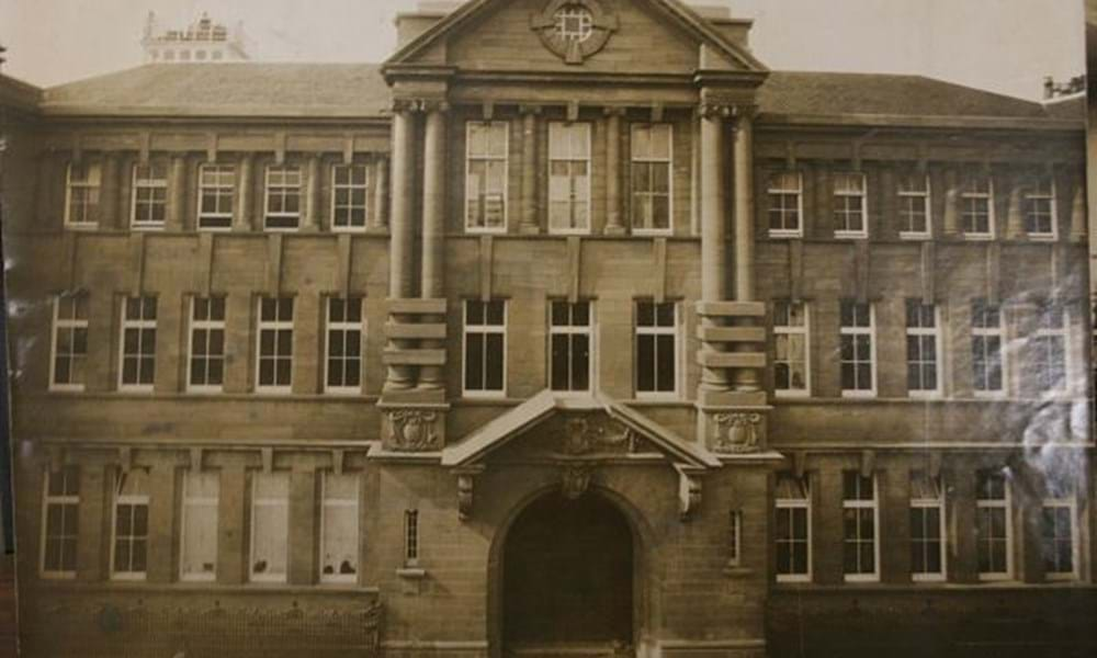 Old College nearing completion 1909 - Abertay University Archive