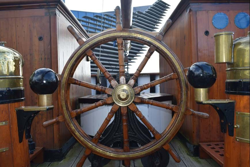 Wheel aboard the RRS Discovery
