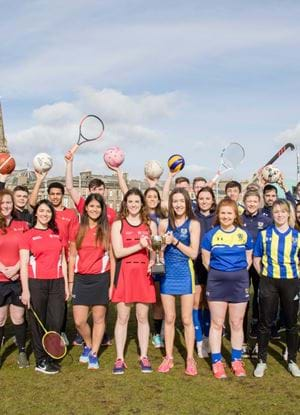 Sports teams from Abertay and Dundee Universities at Slessor Gardens