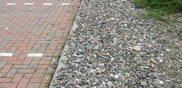 permeable paving and filter drain at TESCO