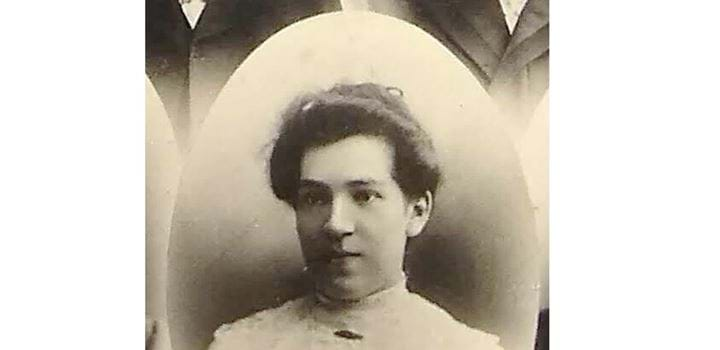 A photo of Annie Keir Lamont from 1905