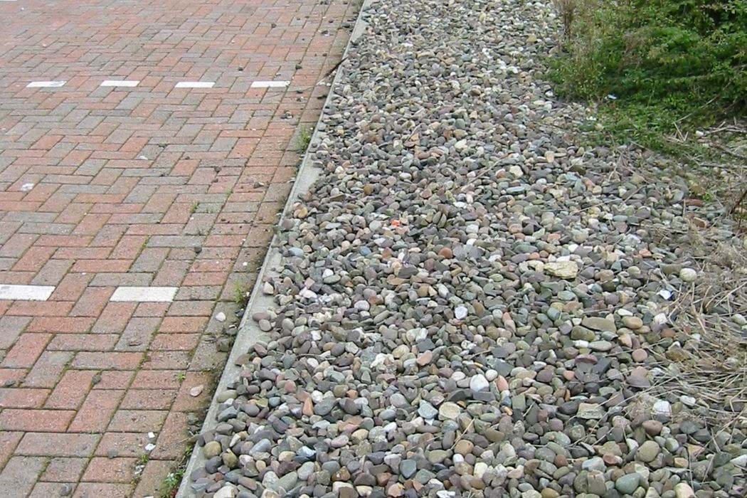 DEX - permeable paving and filter drain at TESCO