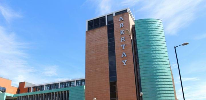 The outside of Abertay Universities Kydd building