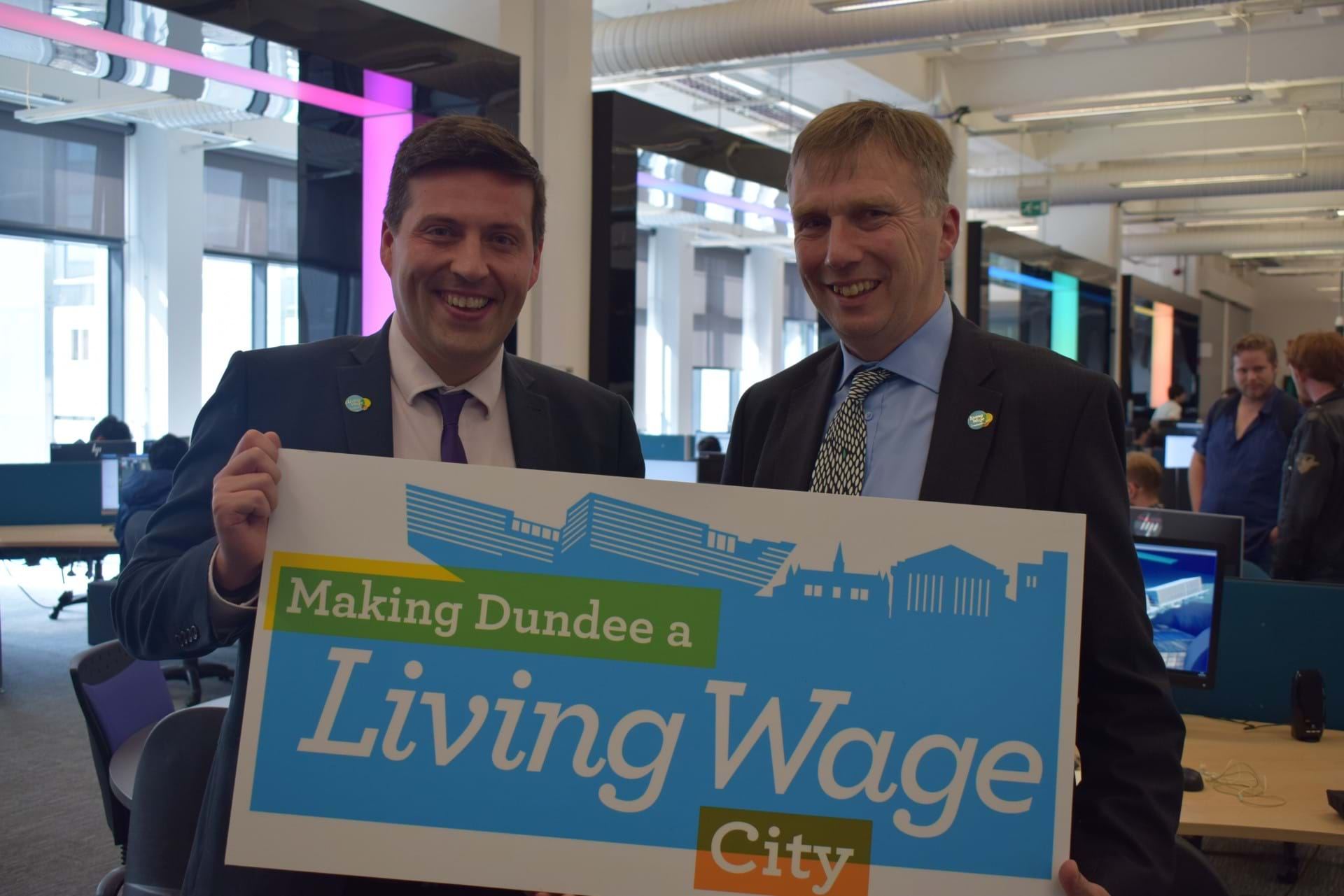 Minister for Fair Work Jamie Hepburn MSP with Abertay Vice-Principal Mark Batho